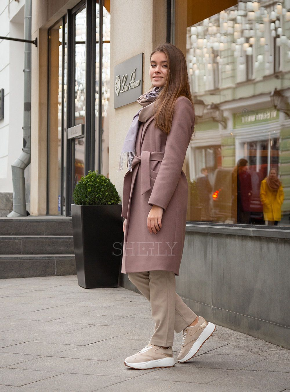 Пальто-халат розовый капучино укороченый