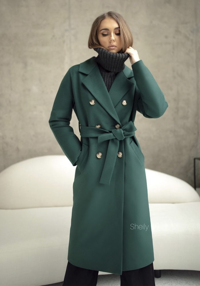 Пальто с цельнокройным рукавом Изумрудное