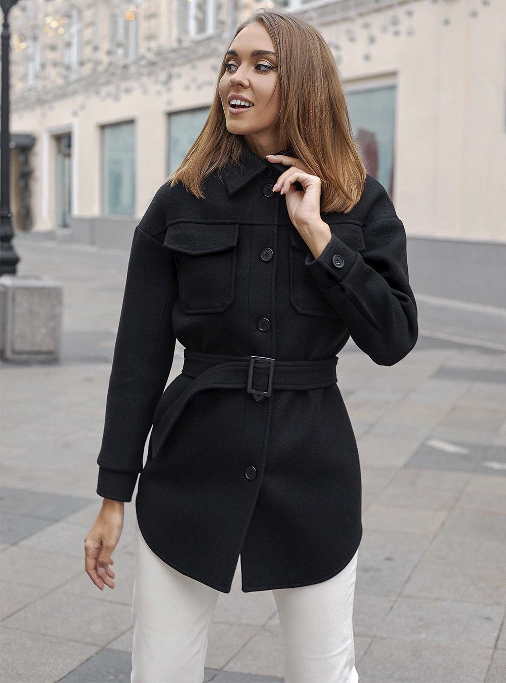 Черное короткое пальто-рубашка 2021