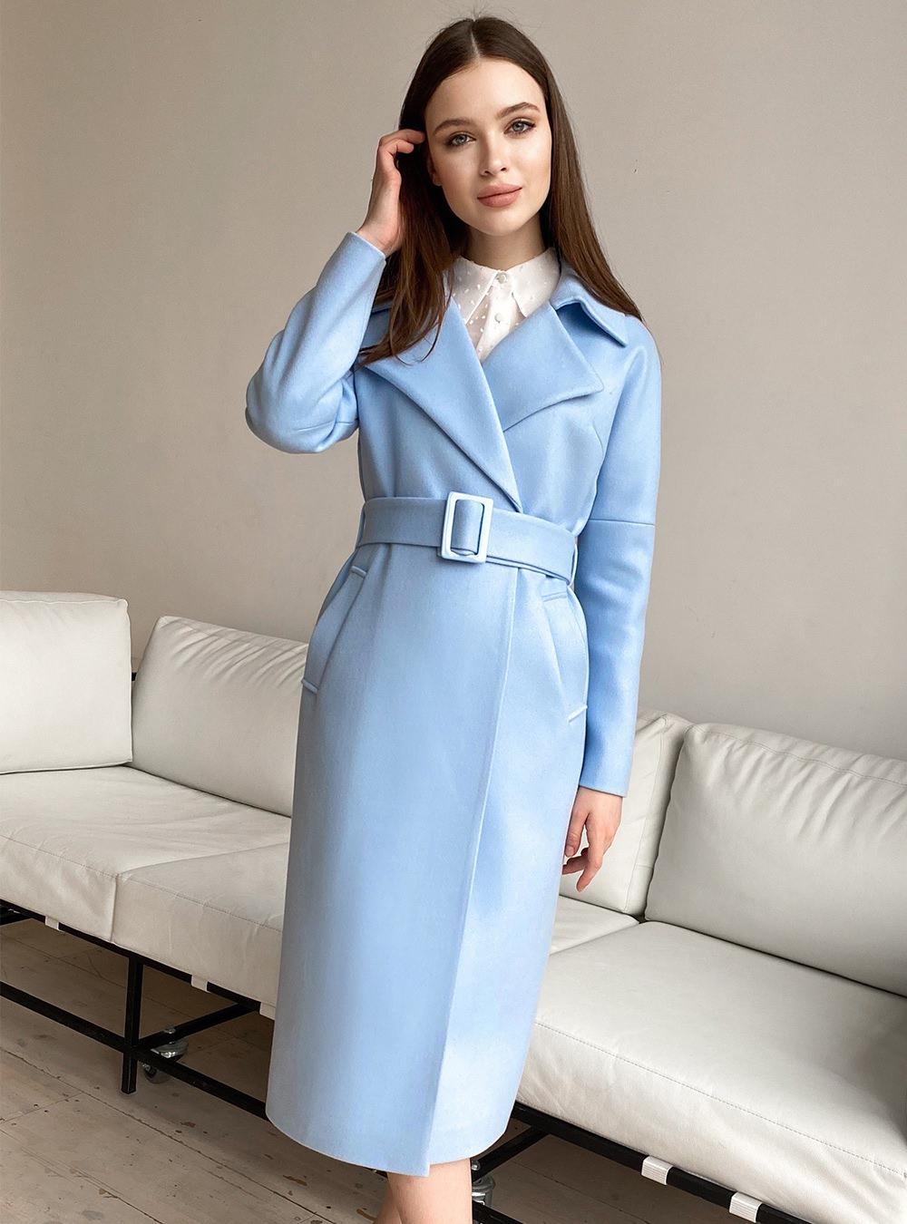 Пальто со спущенным плечом Голубое