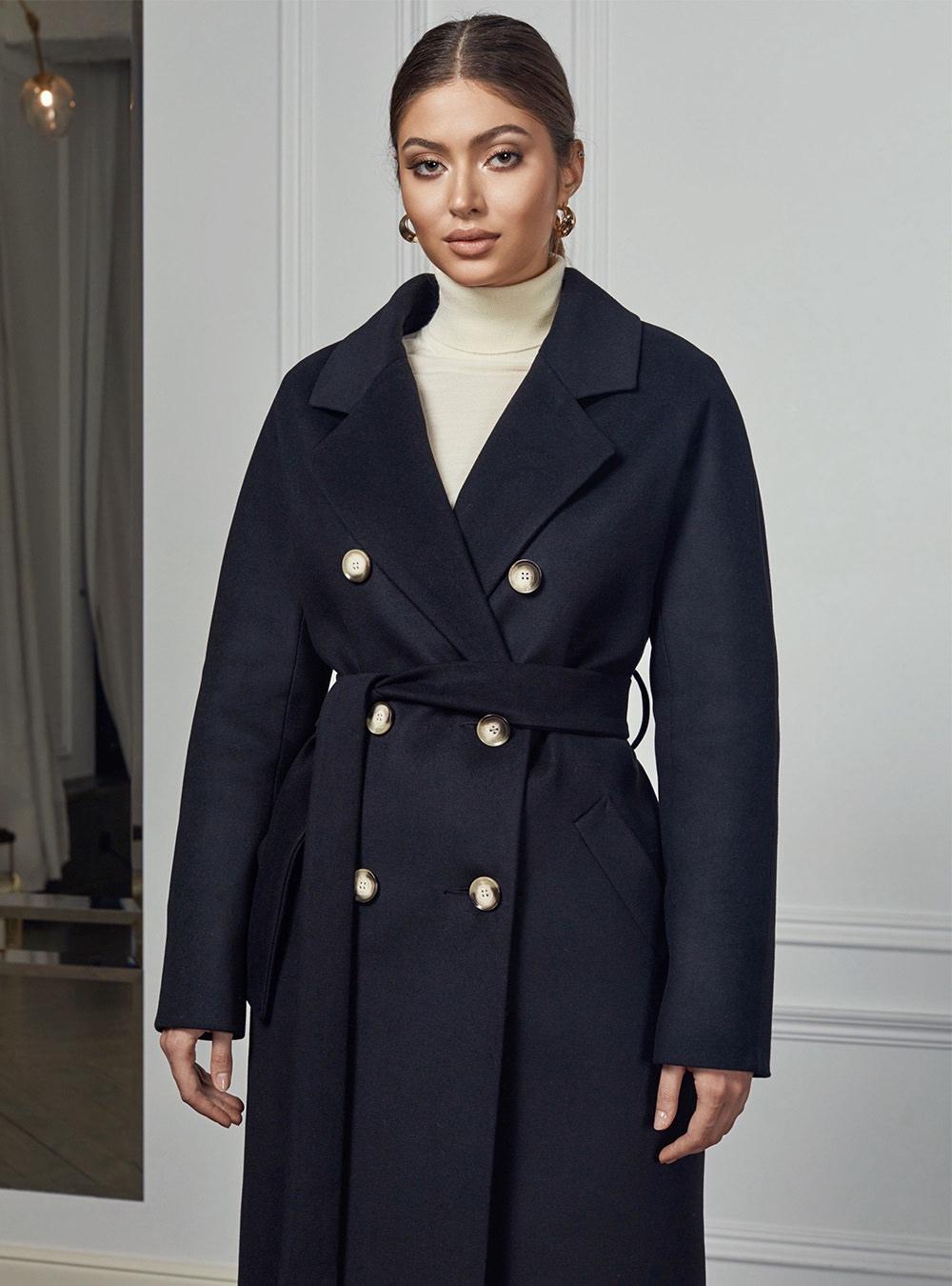 Пальто с цельнокройным рукавом Черное