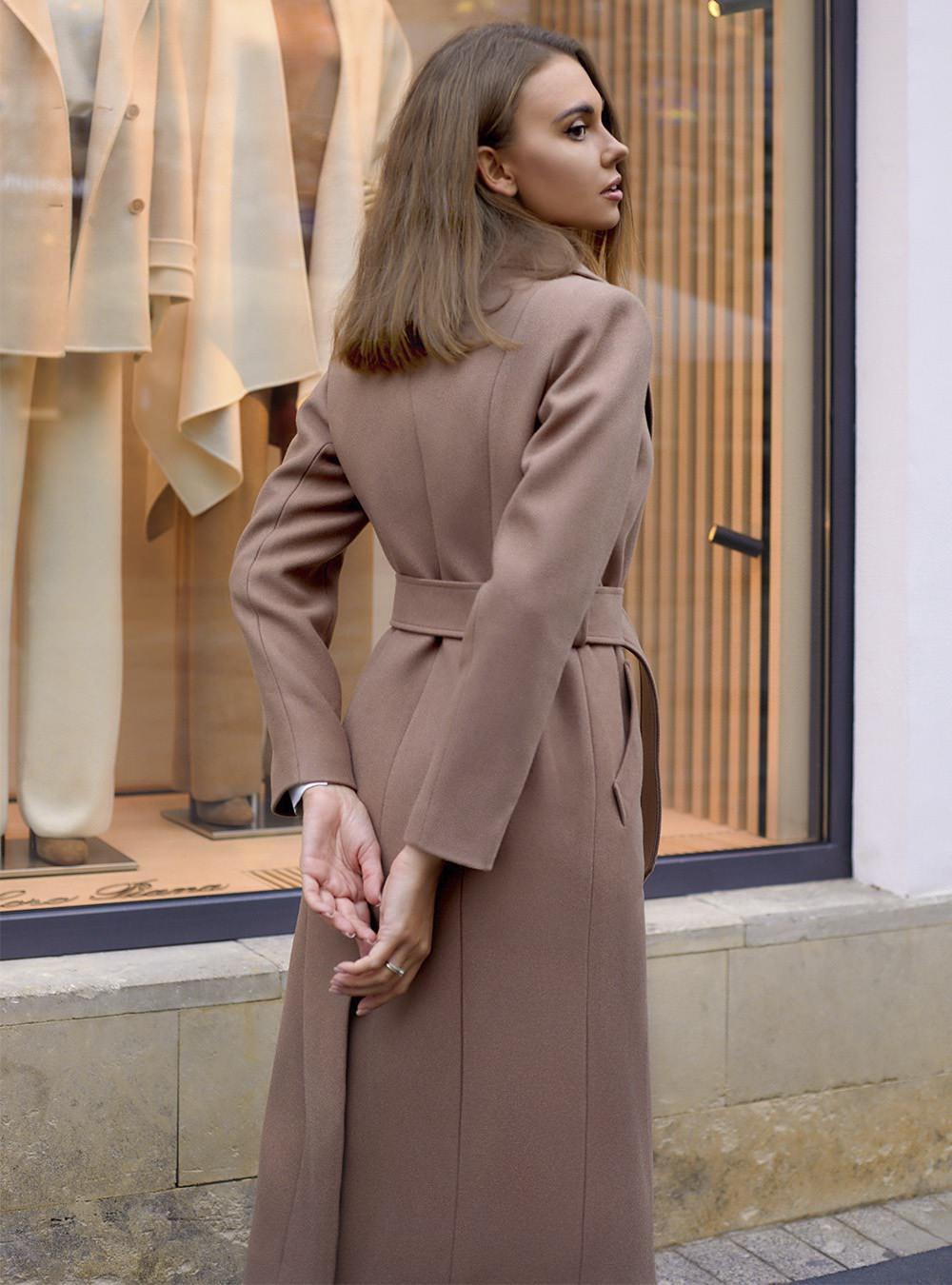 Пальто на кнопках капучино