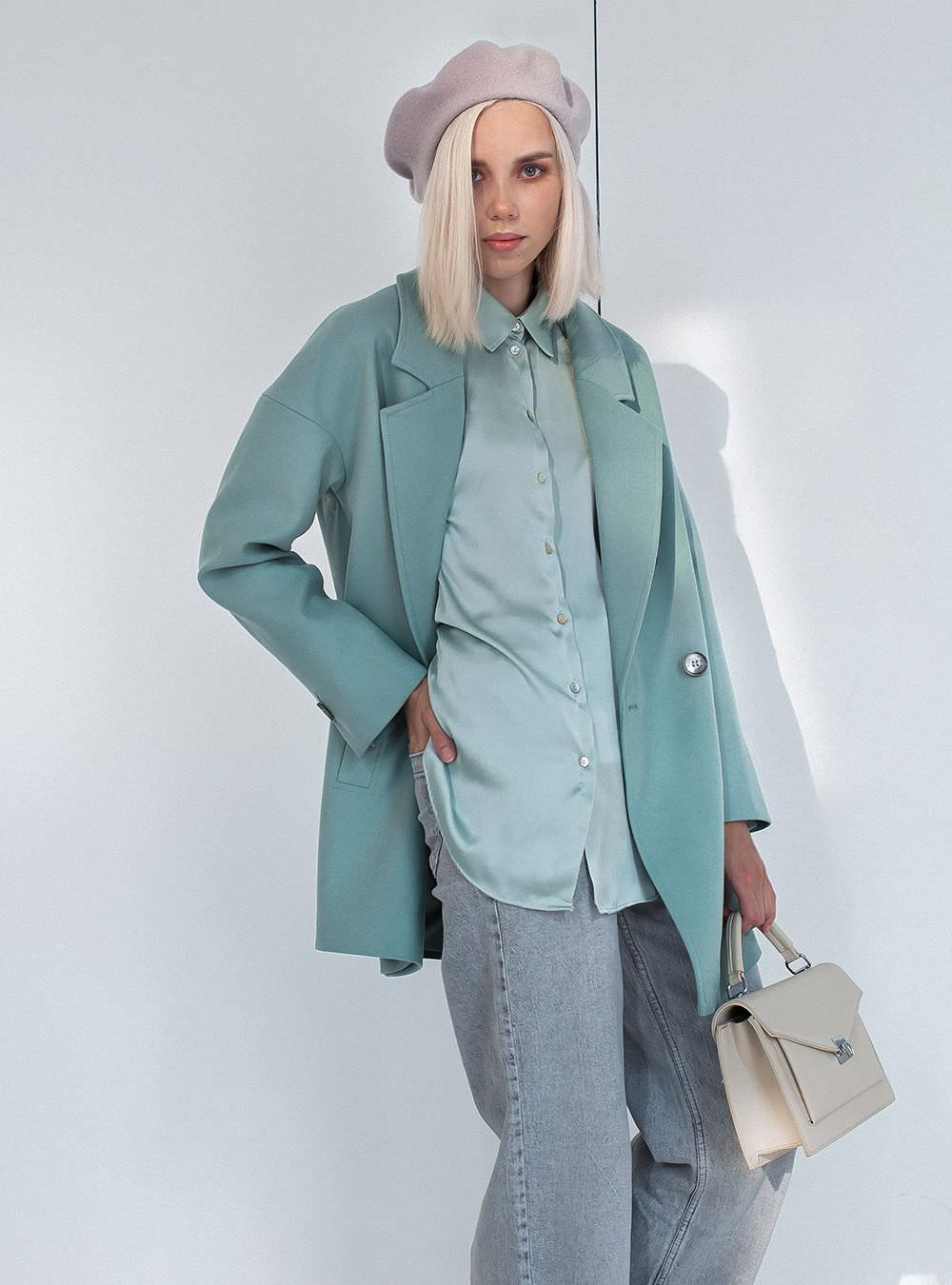 Пальто-пиджак на пуговицах мятное