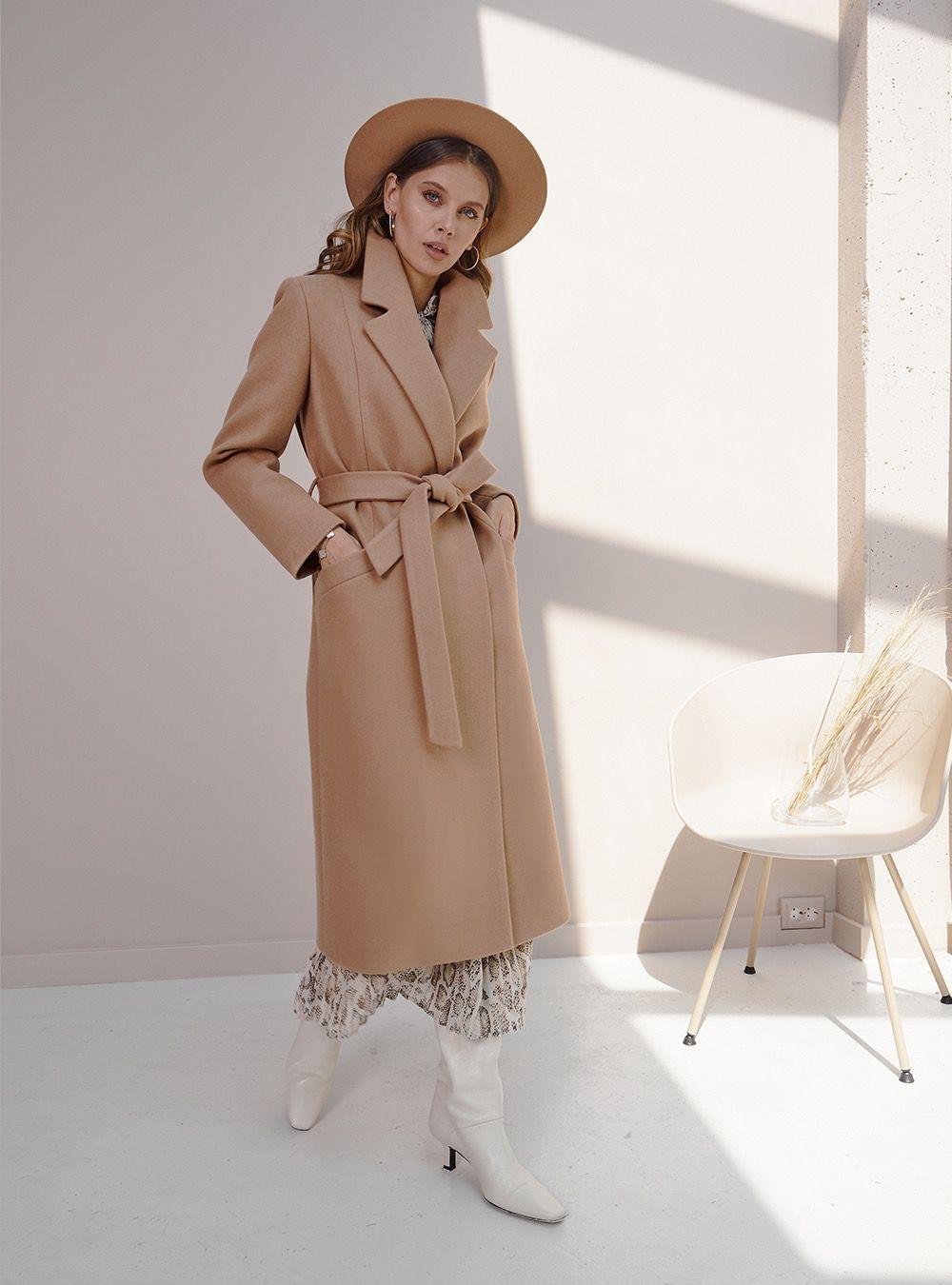 Пальто-халат удлиненное светло-бежевое