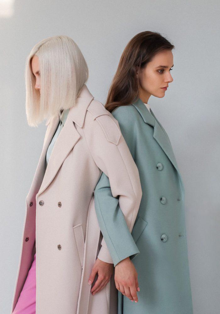 Пальто с цельнокройным рукавом мятное