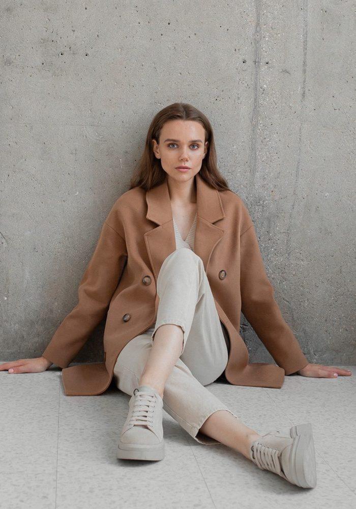Пальто-пиджак на пуговицах кэмел
